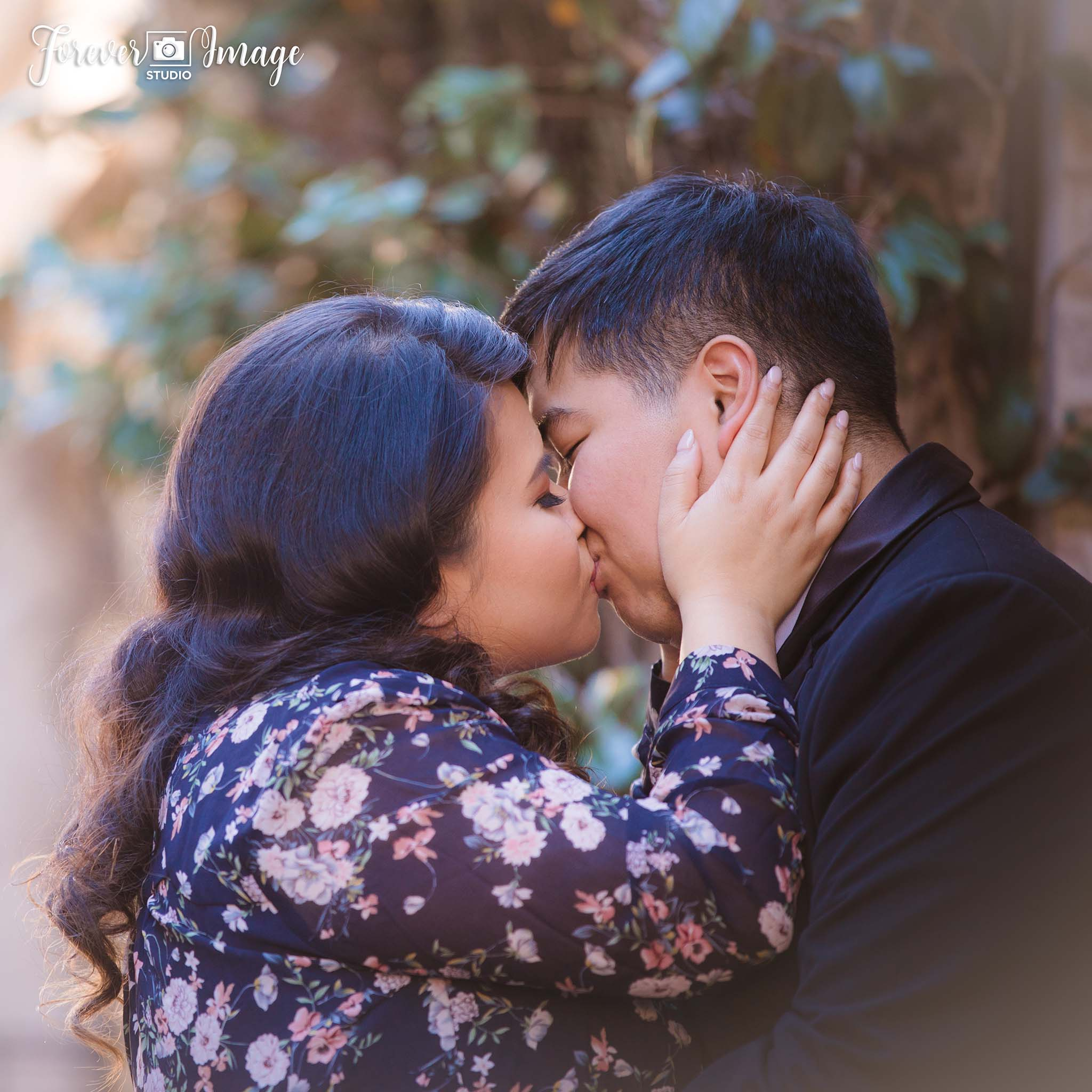 THUY-CHI & ROBERT | Happy In Love | Forever Image Studio